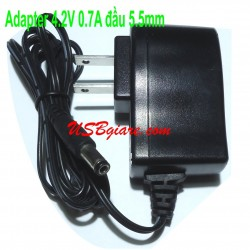Adapter 4.2V 0.7A đầu 5.5mm TSA9